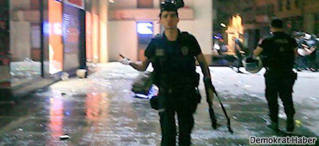 Polisten göstericilere: Bu hepinizin a...sına girsin