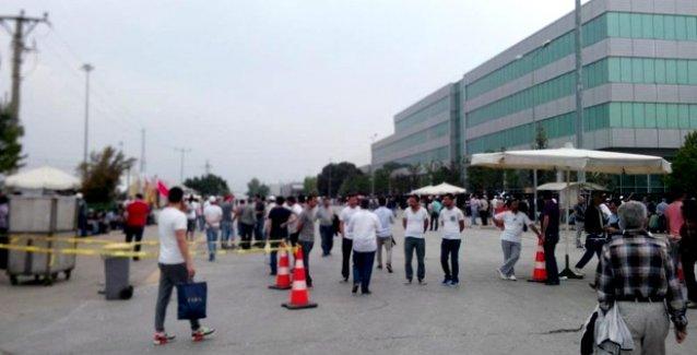 Polisten provokasyon girişimi: Renault işçisi gibi fabrikaya girdiler