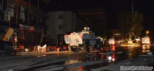 Protestocular Dersim'de birahaneleri yaktı