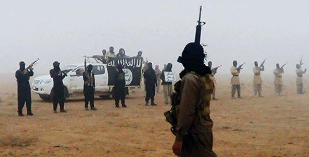 Robert Fisk: ABD, El Kaide'nin Suriye kolu Nusra'yı destekliyor