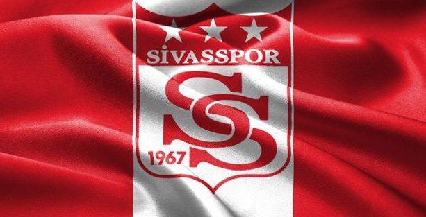 Roberto Carlos gitti; işte Sivasspor'un yeni hocası