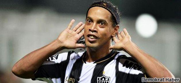 Ronaldinho Beşiktaş'a mı geliyor?