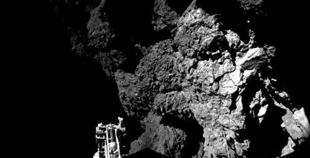 Rosetta: Kuyruklu yıldıza üçüncü denemede inildi