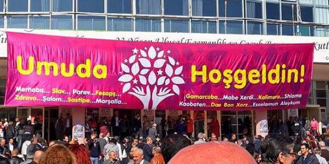 Ruşen Çakır: HDP, Refah Partisi gibi merkeze yürüyor