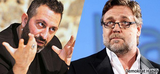 Russell Crowe'dan Cem Yılmaz'a: 'Occupy Cem!'