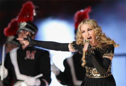 Rusya'da Madonna'ya karşı vatan savunması