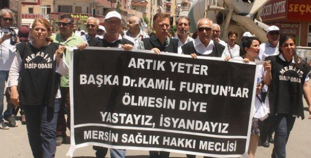 Sağlıkçılar AKP'ye yürüdü