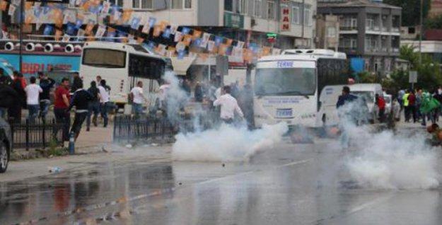 Samsun'da miting sonrası HDP'ye saldırı: Araçlar taş yağmuruna tutuldu!