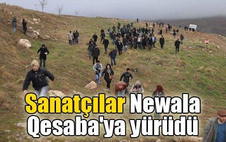Sanatçılar Newala Qesaba'ya yürüdü