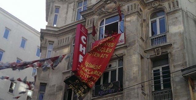 Sarıyer Belediyesi işçileri, CHP İstanbul İl Başkanlığı'nı işgal etti