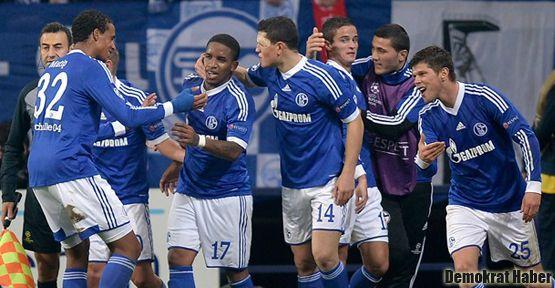Schalke'nin 'üzerinde lanet var'