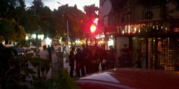 SDP İzmir il binasına polis baskını