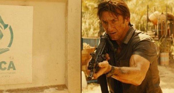 Sean Penn: IŞİD'in baş kesme videolarını izliyorum