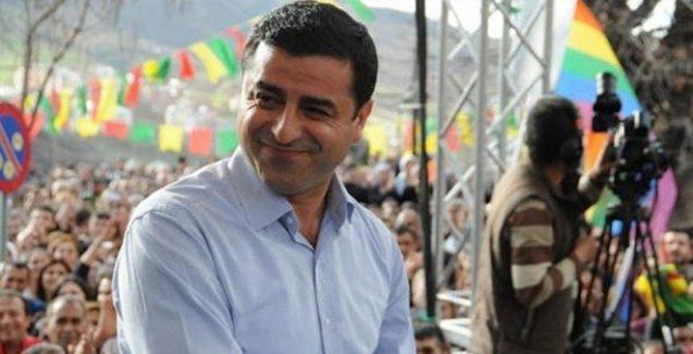 Oya Baydar: Demirtaş'lı HDP, AKP'yi neden korkutuyor?