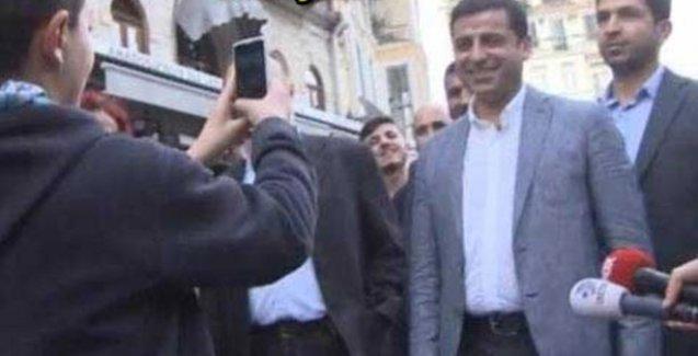 Selfie çekmek isteyen çocuktan Selahattin Demirtaş'a: La bi dur