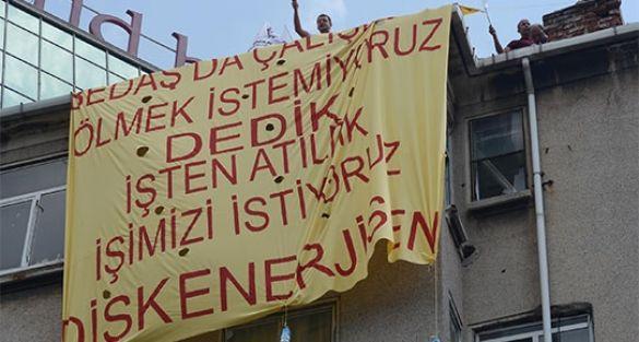 SGK'yı işgal eden işçiler gözaltına alındı