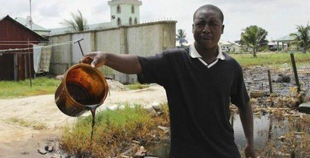 Shell, Nijerya'daki petrol sızıntısı davasında uzlaşmaya gitti