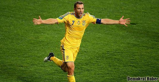 Shevchenko futbolu bıraktı