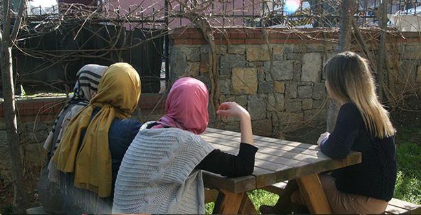 Sığınma evlerinde kalan kadınlar oy kullanamayacak!