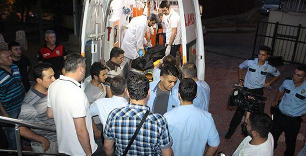 Siirt'te polis, polisi alnından vurdu