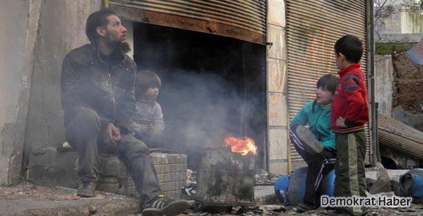 Silahlı gruplar Humus'tan çıkıyor