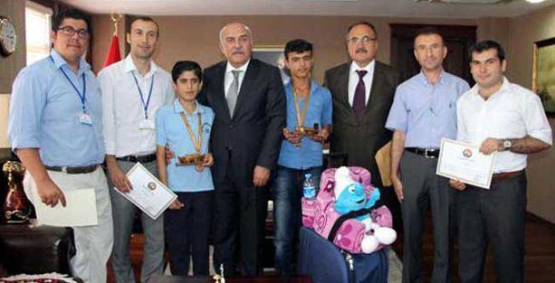 Şırnak Valisi'nden Abdullah Öcalan'a övgü