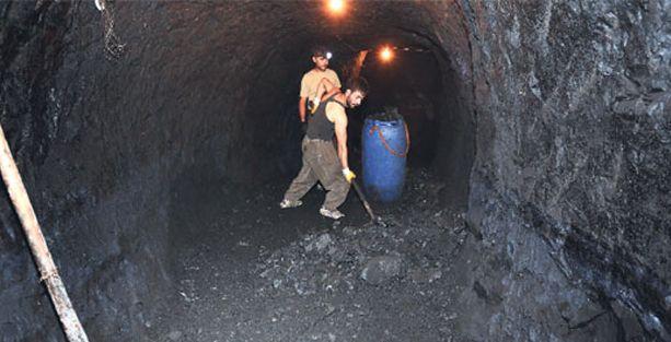 Şırnak'ta maden ocağında ölenler gizli gizli gömülüyor!