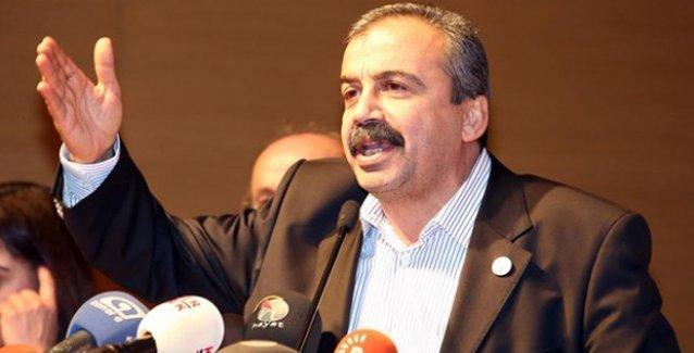 Sırrı Süreyya: AKP, HDP'nin yükselişine 'önlem' olarak Öcalan'a tecrit uyguladı