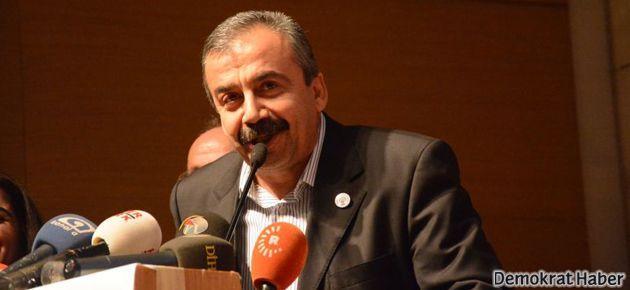 Sırrı Süreyya: CHP'yi param parça edeceğiz!