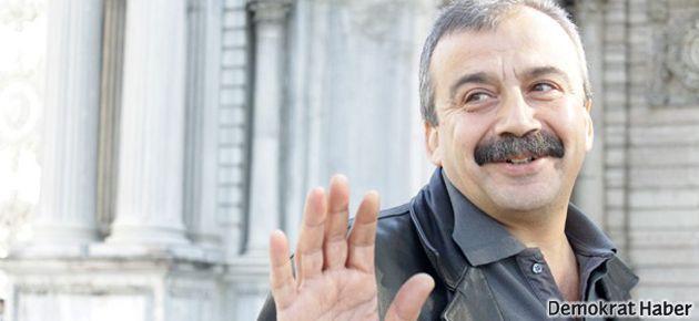 Sırrı Süreyya: Öcalan, barışın filminde kendisi oynamalı