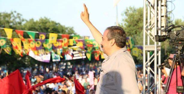 Sırrı Süreyya: Öcalan'a özgürlük derken barışı savunuyoruz