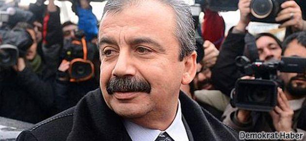Sırrı Süreyya Önder: CHP bir değirmen!
