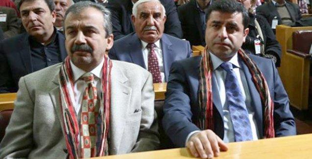 Sırrı Süreyya Önder: Elimizde Demirtaş'a suikast düzenleneceği bilgileri var