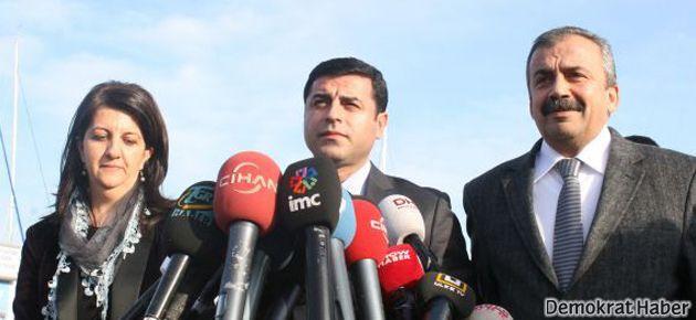 Sırrı Süreyya Önder yeniden 'İmralı heyeti'nde