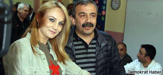 Sırrı Süreyya Önder'in oyu kendine değil!