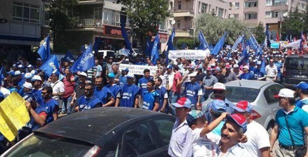 Şişecam işçileri grev yasağını protesto etti