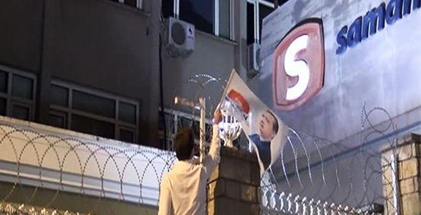 Samanyolu Tv'nin önüne Erdoğan bayrağı asmaya çalıştılar