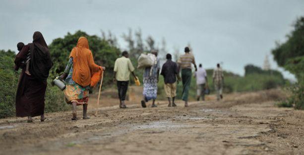 Somali'de askerler gıda yardımı yaptıkları kadınlara cinsel istismarda bulunuyor!