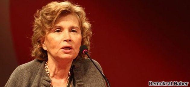 Suçlanan Gülen Cemaati'ni Nazlı Ilıcak savundu
