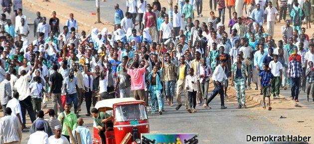 Sudan'da petrol isyanı: 27 ölü