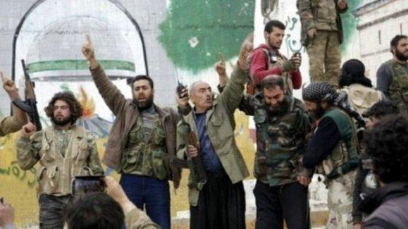 Suriye'de Nusra Cephesi İdlib'i ele geçirdi