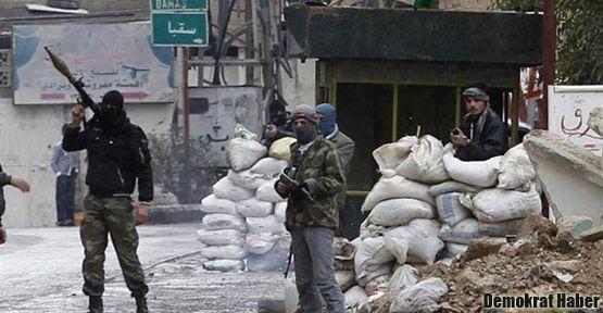 Suriye hükümet güçleri Humus'u geri aldı