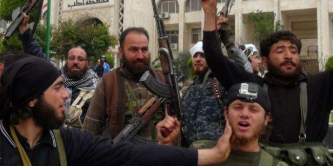 Suriye ordusu İdlib'i El Nusra'dan geri almak için uğraşıyor