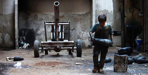 Suriye'de iç savaşın çocuk savaşçıları