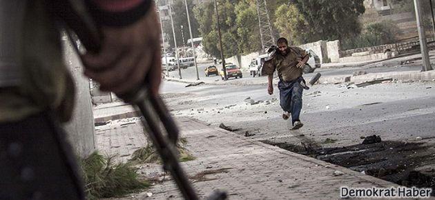 Suriye'de üç yılda 125 bin kişi öldü