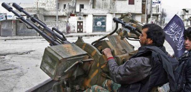 Suriyeli 'ılımlı muhalifler', ABD'den aldıkları silahları El Nusra'ya teslim etti