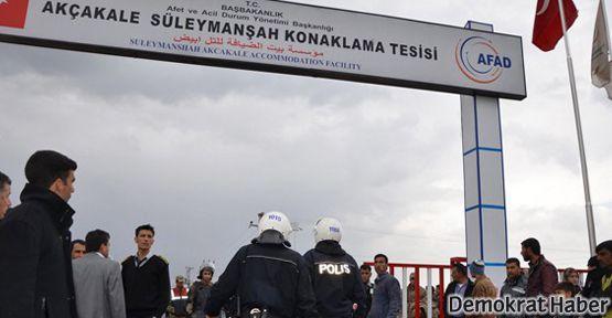 Türkiye, yangını protesto eden Suriyeli sığınmacıları kovdu