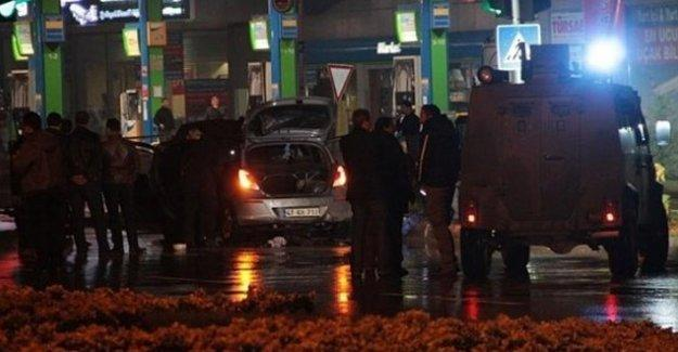 Suruç'ta bomba yüklü araç yakalandı