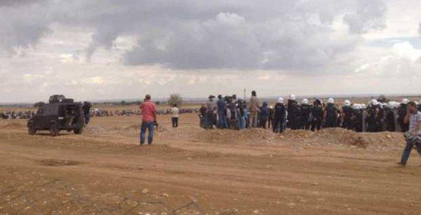 Suruç'ta sınır kapısı yakınına iki havan mermisi düştü