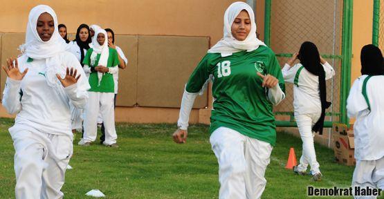 Suudi Arabistan olimpiyatlara kadın sporcu gönderiyor